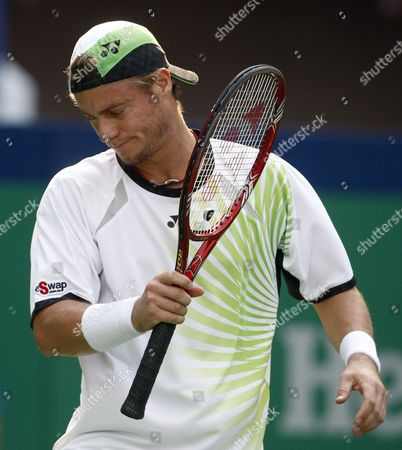 Australian Lleyton Hewitt Reacts After Loosing the Match Against French Gael Montfils During the Shanghai Atp Masters 1000 Shanghai China 14 October 2009