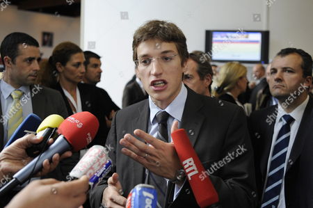 French President Nicolas Sarkozy's 23-year-old Son Jean Sarkozy Speaks to Journalists After Attending the Morning Session at the Hauts-de-seine Region General Council in Nanterre West of Paris France 23 October 2009 For the Election of a New Member of the Epad Agency Overseeing Development in La Defense District Law Student Jean Sarkozy 23 Said in a Televised Interview On 22 October 2009 He Dropped a Bid to Run the Influential Epad (etablissement Pour L'amenagement De La Region De La Defense) Agency That Oversees the Business District of Paris But Would Seek a Seat On the Board of the Epad Agency at a Vote On 23 October 2009