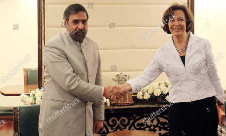 French Minister For External Trade Anne Marie Idrac (right) with Indian Union Minister of Commerce and Industry Anand Sharma (left) During Their Meeting in New Delhi India On 26 October 2009 French Minister For External Trade Anne Marie Idrac is in Her Official Visit to India