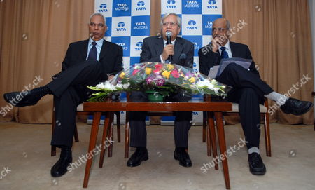 P M Telang (l) Managing Director - India Operations Tata Motors Ravi Kant (c) Vice Chairman Tata Motors and C Ramakrishnan Chief Financial Officer Tata Motors During the Announcement of the Consolidated Financial Results in Mumbai India 27 November 2009 Tata Motors Reported a Consolidated Profit of Inr 217 8 Million ($4 7 Million) For Its Fiscal Second Quarter Ended September 2009