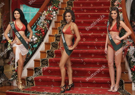 Candidates of the Miss Earth 2009 Pageant (l-r) Jamillette Gaxiola (cuba) Patricia Tjornelund (denmark) and Tereza Budkova (czech Republic) Pose During a Photo Call in Pasig City East of Manila Philippines 04 November 2009 Candidates From Over 80 Countries Compete As 'Environment Diplomats' in the Miss Earth 2009 Pageant Which Pushes For Environment Awareness and an Eco-friendly Lifestyle
