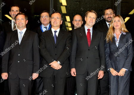 Slovenian Minister For Foreign Affairs Samuel Zbogar (2-r) and His Italian Counterpart Franco Frattini (2-l) with Slovenian Environmental Minister Karel Erjavec (l) and His Italian Counterpart Stefania Prestigiacomo (r) On the Family After the Slovenian-italian Government Meeting in Brdo Pri Kranju Slovenia On 09 November 2009 the Two Countries Representitives Were Meeting to Discuss Relations Between the Two Countries and Plans For a Liquefied Gas Terminal in the Gulf of Trieste On the Adriatic Coast