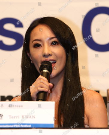 Actress Terri Kwan of Taiwan During the New Currents Jury Press Conference of the 14th Pusan International Film Festival in Busan South Korea 09 October 2009 the Biggest Film Festival in Asia Showcases 355 Films From 70 Countries From 08-16 October 2009 in Busan