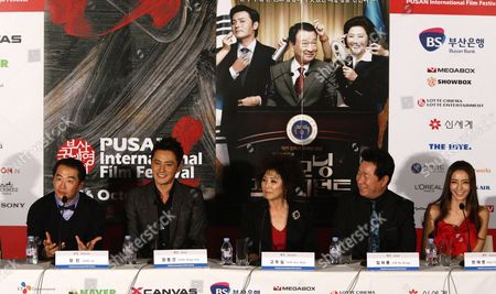 (l-r) South Korean Director Jang Jin Actor Jang Dong-gun Actress Goh Doo-shim Lim Ha-ryong and Actress Han Chae-young Attaends During a Press Conference of 'Good Morning President' the Opening Film of the 14th Pusan International Film Festival (piff) in Busan South Korea 08 October 2009 the Biggest Film Festival in Asia Showcases 355 Films From 70 Countries From 08-16 October 2009 in Busan