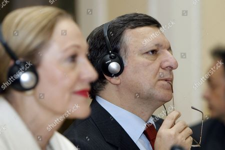 European Commission Chairman Jose Manuel Barroso (r) and Eu External Relations Commissioner Benita Ferrero-waldner Listen to Ukrainian Prime Minister Yulia Tymoshenko's Speech During a Ukraine-eu Summit in Kiev Ukraine 04 December 2009 Ukraines Government Had Made Some Progress in Meeting Eu Standards in the Sectors of Aviation Trade Energy and Science But the Former Soviet Republics Legal and Law Enforcement Sectors Are Still Far Away From Eu Levels Barroso Said Ukraine Kiev