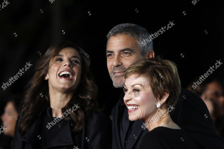 Us Actor/cast Member George Clooney Arrives with His Girlfriend Italian Actress Elisabetta Canalis (l) and His Mother Nina at the Usa/la Movie Premiere of 'Up in the Air' Held at the Mann's Village Theater in Los Angeles on November 30 2009 the Film by Canadian Director Jason Reitman Tells the Story of a Corporate Downsizing Expert United States Los Angeles
