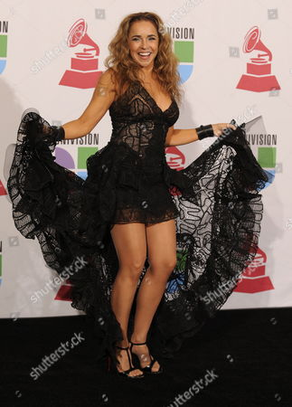 Presenter and Brazilian Singer Daniela Mercury Poses in the Press Room During the 10th Annual Latin Grammy Awards at Mandalay Bay Events Center in Las Vegas Nevada Usa 05 November 2009 the Latin Grammy Awards Honor Artistic and Technical Excellence in the Recording Arts and Sciences and Has Become the Height of Achievement in Latin Music Recording