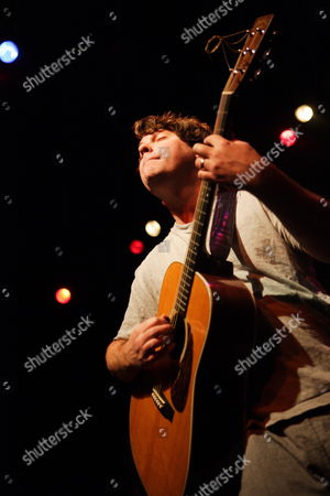 Usa Recording Artist Keller Williams Performs in Concert at the Murat Egyptian Roomr in Indianapolis Indiana 24 October 2009
