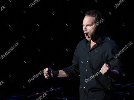 Us Singer-songwriter John Ondrasik Aka Five For Fighting Performs in Concert at the Murat Theater in Indianapolis Indiana Usa 09 December 2009 the Performance Was Part of the Jingle Jam 2009 Concert Featuring the All-american Rejects Barenaked Ladies the Elms and Five For Fighting