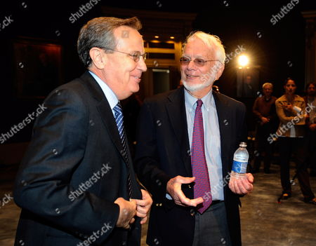 Sterling Professor of Molecular Biophysics and Biochemistry and Professor of Biology at Yale University Thomas Steitz (r) Talks with Yale University President Richard C Levin (l) Before a News Conference After Being Awarded the 2009 Nobel Prize in Chemistry at Yale Univeristy in New Haven Connecticut Usa 07 October 2009 Steitz Shares the Award with Fellow American Venkatraman Ramakrishnan and Israeli Ada Yonath