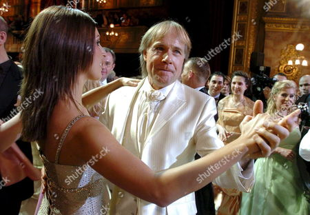 Honorary Guest of the Event French Pianist Virtuoso Richard Clayderman (r) Dances with Host of the Ball Nora Korcsmaros During the 13th Budapest Opera Ball in the State Opera House in Budapest Hungary 02 February 2008 Hungary Budapest