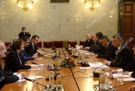 Serbian Parliamentary Speaker Maja Gojkovic (2-l) and Her Hungarian Counterpart Laszlo Kover (r) Have Talks in the Parliament Building in Budapest Hungary 19 November 2015 Maja Gojkovic is Staying on a One-day Official Visit in the Hungarian Capital Hungary Budapest
