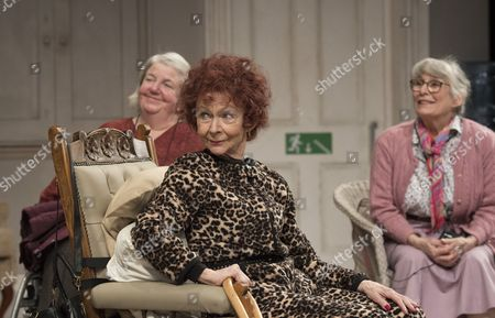 Stock Photo of Maggie McCarthy as May, Sheila Reid as Gloria, Rachel Davies as Maureen
