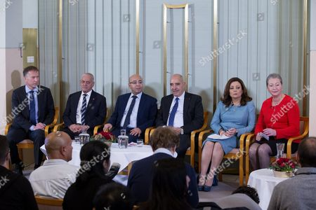 (l-r) Olav Njolstad the Secretary of the Committee and Director of the Nobel Institute with the Winners of the 2015 Nobel Peace Prize Tunisian National Dialogue Quartet Members Secretary General of the Tunisian General Labour Union Houcine Abbassi the President of the National Order of Tunisian Lawyers Mohamed Fadhel Mahfoudh the Tunisian Human Rights League (ltdh) Abdessatar Ben Moussa and the President of the Tunisian Employers Union (utica) Ouided Bouchamaoui and Chairperson of the Norwegian Nobel Committee Kaci Kullmann-five Give a Press Conference at the Norwegian Nobel Institute in Oslo Norway 09 December 2015 Ahead of the Ceremony to Present Them with the Award the Tunisian National Dialogue Quartet was Awarded the 2015 Nobel Peace Prize For Its Decisive Contribution to the Building of a Pluralistic Democracy in Tunisia in the Wake of the Jasmine Revolution of 2011 Photo: Norway Oslo