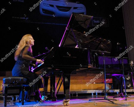 Eliane Elias Brasilian Jazz Soloist and Pianist During the Only Concert in Warsaw's Philharmonic Hall Warsaw Poland 10 November 2007 Poland Warsaw