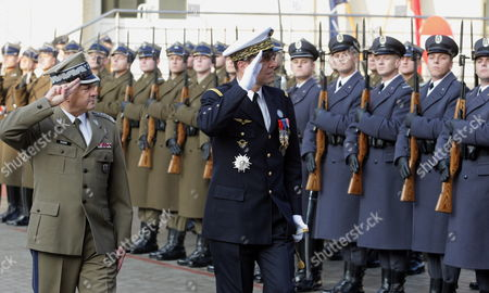 Chief of the General Staff of the Polish Armed Forces General Franciszek Gagor (l) and Nato Supreme Allied Commander Transformation (sact) General Stephane Abrial (r) During the Welcome Ceremony in Warsaw Poland 27 October 2009 Poland Warsaw
