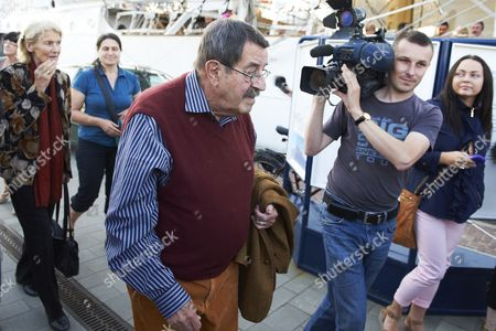 Celebrated Nobel Prize-winning German Author Gunter Grass Arrives For the Premiere of the Spectacle 'Crabwalk' by Gunter Grass and Directed by Polands Pawel Huelle at the Polish Sailing Frigate the Dar Pomorza in Gdynia Poland 29 June 2012 Poland Gdynia