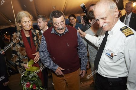 Nobel Prize-winning German Author Gunter Grass (c) and His Wife Ute (l) Leave the Polish Sailing Frigate the Dar Pomorza in Gdynia Poland 29 June 2012 After Premiere of the Spectacle 'Crabwalk' by Gunter Grass and Directed by Polands Pawel Huelle Poland Gdynia