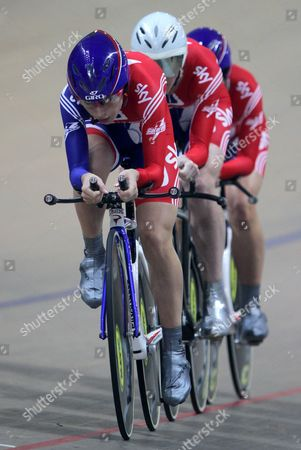 (l-r) Katie Colclough Wendy Houvenaghel and Laura Trott of Great Britain Compete in the Women's Team Persuit Final During the European Elite Track Cycling Championships 2010 at the Bgz Arena Velodrome in Pruszkow Poland 05 November 2010 British Team Won Gold Medal Poland Warsaw