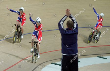 Elizabeth Armistead Wendy Houvenaghel and Joanna Roswell of Great Britain Celebrate After Winning the Gold Medal in the Women's Team Pursuit Final at the Uci Track Cycling World Championships 2009 at Bgz Arena Velodrome in Pruszkow Poland 26 March 2009 Poland Pruszkow