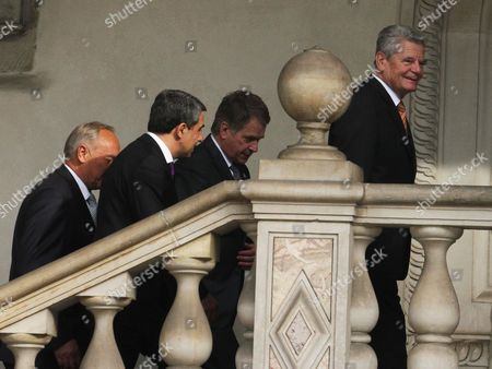 President of Germany Joachim Gauck (r) Bulgarian President Rosen Asenov Plevneliev (2-l) President of Latvia Andris Berzins (l) and President of Finland Sauli Vainamo Niinisto (2-r) on Their Way to the Arraiolos Group Meeting at the Wawel Royal Castle in Cracow Poland 08 October 2013 on a First Day of the Arraiolos Group Meeting the Presidents Will Discuss Ways to Overcome the Europ Poland Cracow