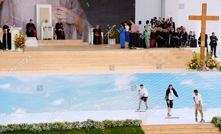 Pope Francis (3-l) and Metropolitan of Krakow Cardinal Stanislaw Dziwisz (l) During a Welcome Ceremony at the Blonia Park During the World Youth Day in Krakow Poland 28 July 2016 the World Youth Day 2016 is Held in Krakow and Nearby Brzegi From 26 to 31 July Poland Krakow