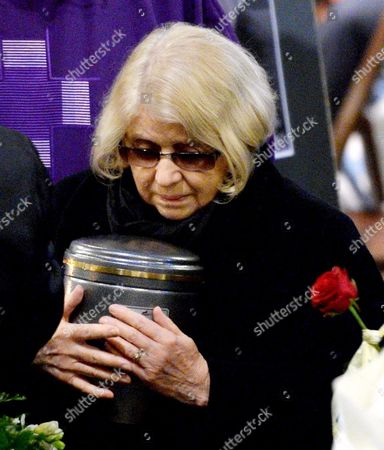 Krystyna Zachwatowicz-wajda Widow of Late Polish Director Andrzej Wajda Holds His Urn During a Funeral Mass in the Dominican Basilica of the Holy Trinity in Krakow Poland 19 October 2016 Andrzej Wajda Lifetime Achievement Academy Award Winner Died on 09 October at the Age of 90 the Director Will Be Buried at the Salwator Cemetery Next to His Family Grave Poland Krakow