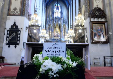 The Urn with Ashes of Late Polish Director Andrzej Wajda is on Display in the Dominican Fathers Church in Krakow Poland 19 October 2016 Andrzej Wajda Lifetime Achievement Academy Award Winner Died on 09 October at the Age of 90 the Director Will Be Buried at the Salwator Cemetery Next to His Family Grave Poland Krakow