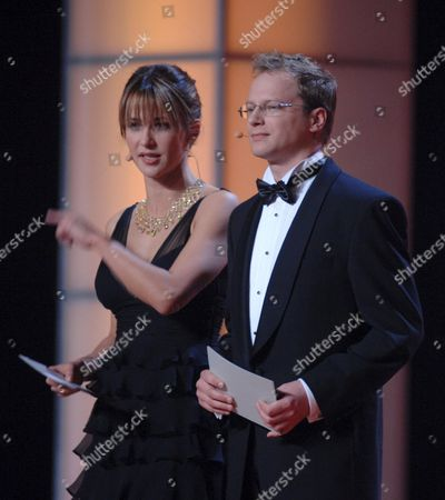 French Actress Sophie Marceau (l) and Her Polish Colleague Maciej Stuhr (r) Host the European Film Awards (efa) Ceremony in Warsaw Saturday 02 December 2006 Poland Warsaw