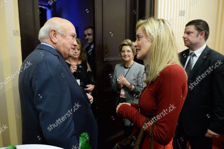 Us Actress Sharon Stone (2-r) Chats with the Last White President of South Africa and Nobel Peace Prize Laureate Frederik Willem De Klerk (l) During the Opening Ceremony of the 13th World Summit of Nobel Peace Laureates in Warsaw Poland 21 October 2013 the Summit Under the Motto 'Stand in Solidarity For Peace - Time to Act' Runs From 21 to 23 October Poland Warsaw