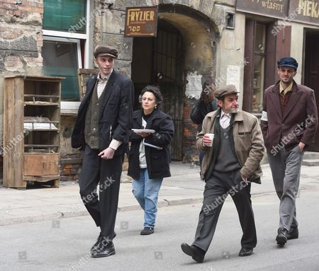 Us Director Roberta Grossman (2-l) Walks with Actors on the Set of Us-polish Documentary Film 'Who Will Write Our History?' in Lodz Poland 16 May 2016 the Film of Us Award-winning Filmmaker Roberta Grossman Tells the Story About the Hidden Oyneg Shabes Archive and Its Creator Emanuel Ringelblum the Archive is 30 Thousand Documents Letters Confessionals Last Testaments Poems and Questionnaires From the Warsaw Ghetto During the Nazi Occupation in Poland During the World War Ii the Film is Executive-produced by Nancy Spielberg and Has Received Support From the Righteous Persons Foundation Poland Lodz