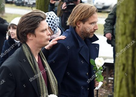 Stock Image of The Sons of Late Polish Filmmaker and Writer Andrzej Zulawski Polish Director Xawery Zulawski (r) and Ignacy Zulawski (l) Attend Their Father's Funeral in Gora Kalwaria Near Warsaw Poland 22 February 2016 Zulawski Died of Cancer on 17 February 2016 He was 75 Poland Gora Kalwaria