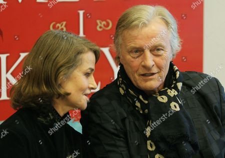 British Actress Charlotte Rampling (l) and Dutch Actor Rutger Hauer (r) Pictured During the Press Conference of the Presentatation of the Movie 'The Mill and the Cross' in Warsaw Poland 14 March 2011 'The Mill and the Cross' Based on the Michael Francis Gibson's Book of the Same Name That Features Rutger Hauer Charlotte Rampling and Michael York is Inspired by Pieter Bruegel's 1564 Artwork 'The Procession to Calvary' the Movie by Lech Majewski is Due out During 2011 Poland Warsaw