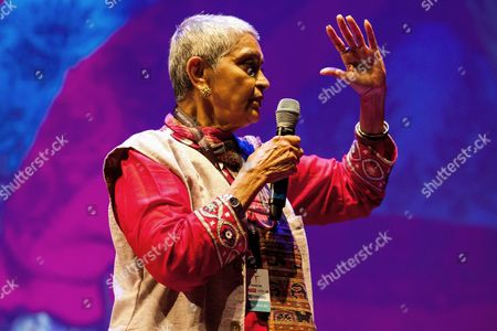 Indian Literary Theorist Philosopher and University Professor at Columbia University Gayatri Chakravorty Spivak Speaks After Receiving the Transatlantic Glocal Hero Award 2014 From the Polish Oscar-winning Film Music Composer Jan a P Kaczmarek (unseen) During the Transatlantic Festival in Poznan Poland 13 August 2014 Kaczmarek is the Founder and Director of the Festival and Won the Oscar Award For His Music For the 2005 Film 'Finding Neverland' by Marc Foster the Transatlantic Festival Will Last Until 14 August Poland Poznan