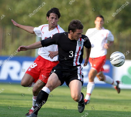 Marcin Kikut (l) From Poland Fights For the Ball with Peter Gilbert (r) From Wales During Their European Championship U-21 Qualifying Soccer Match in Nowy Dwor Mazowiecki Poland Tuesday 06 September 2005 Poland Won 3-2 Poland Nowy Dwor Mazowiecki