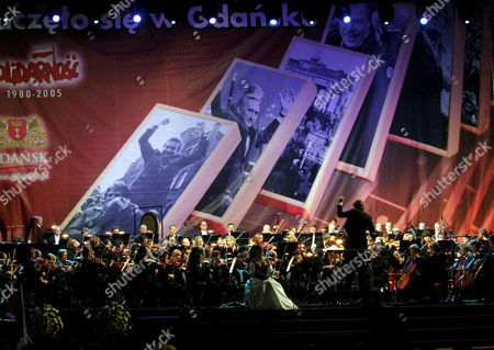An Orchestra Performs the 'Cantata For Freedom' Concert at the Monument to the Killed Workers of December 1970 in Gdansk on Wednesday 31 August 2005 the 'Cantata For Freedom' was Composed by Oscar Laureate Jan a P Kaczmarek in Honour of the 25th Anniversary of the August '80 Agreements and the Foundation of Solidarity But Also Dedicated to the Late Pope John Paul Ii Poland Gdansk