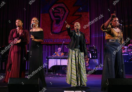 (l-r) Us Jazz Singers Lizz Wright Lisa Simone Angelique Kidjo and Dianne Reeves Performs on the Stage During a Concert 'Sing the Truth - the Music of Nina Simone' at the Warsaw Summer Jazz Days in Warsaw Poland 02 July 2009 Poland Warsaw