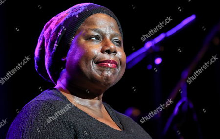 Us Jazz Singer Randy Crawford Performs on Stage During Her Concert at the Ladies Jazz Festival in Warsaw Poland 08 November 2013 Poland Warsaw