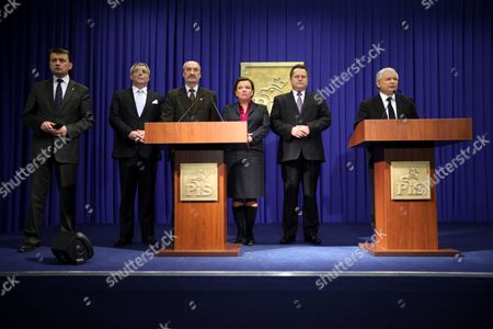 Chairman of the Law and Justice (pis) Party and Brother of Late Polish President Lech Kaczynski Jaroslaw Kaczynski (r) and Other Pis Members (l-r) Mariusz Blaszczak Ryszard Czarnecki Antoni Macierewicz Beata Kempa Marek Zielinski During a Press Conference in Warsaw on the Interstate Aviation Committee Final Report 12 January 2011 After the Final Report was Presented by Mak Chairwoman Tatyana Anodina in Moscow the April 10 Air Crash Near Smolensk Claimed the Lives of Poland's President Lech Kaczynski and 95 Other Vips According to Report Polands Air Force Chief Andrez Blasik Triggered the Accident when He Barged Into the Cockpit While Drunk - with an Alcohol Level of 0 6 Milligrams Per Millilitre of Blood - and Ordered the Pilot to Land Despite Bad Weather the Crash Killed Him President Lech Kaczynski and 94 Others in Russia Nine Months Ago According to a Report Released by Russian Investigators 12 January Jaroslaw Kaczynski a Former Prime Minister and the Current Head of the Law and Justice Party Said the Report Dealt with 'Speculation' For Which There was No Proof and That It was 'Completely One-sided ' Poland Warsaw