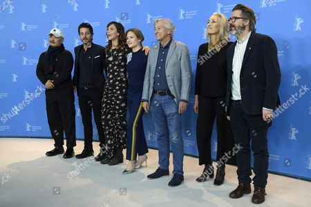(L-R) Jury member Chinese director Wang Quan An, Jury member Mexican actor Diego Luna, Jury member US actress Maggie Gyllenhaal, Jury member German actress Julia Jentsch, Jury President Dutch director Paul Verhoeven, Jury member Tunisian producer Dora Bouchoucha Fourati, Jury member Icelandic artist Olafur Eliasson  pose for the Jury photocall on the opening day of the 67th annual Berlin Film Festival, in Berlin, Germany, 09 February 2017. The Berlinale runs from 09 to 19 February.