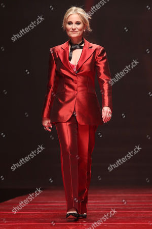 Stock Picture of Maureen McCormick on the catwalk
