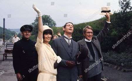 Victor Winding (as Benjamin Sweet) with Heather Page (as Mary Porter) with Nicholas Pennell (as the Vicar)
