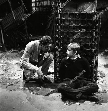 Alan Guy (as Jonathan Flaxton) and Gerry Cowan (as Roger Grafton)