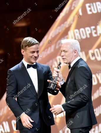 German Actor Thomas Wlaschihy (l) Presents the European Comedy Award For the Film 'A Man Called Ove' to the Swedish Director Hannes Holm (r) During the 29th European Film Awards Ceremony in Wroclaw Poland 10 December 2016 the Awards Are Presented Annually by the European Film Academy to Recognize Excellence in European Cinema Poland Wroclaw