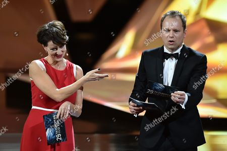 Polish Actor and the Host of the European Film Awards Gala Maciej Stuhr (r) with Polish Actress Maja Ostaszewska (l) at the European Film Awards in Wroclaw Poland 10 December 2016 the Awards Are Presented Annually by the European Film Academy to Recognize Excellence in European Cinema Poland Wroclaw