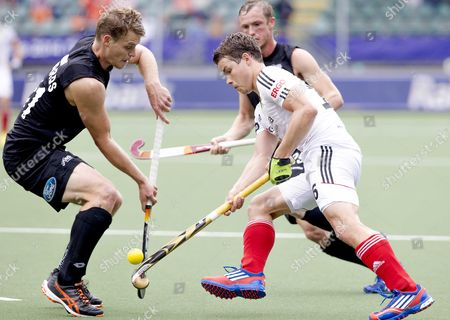 Steve Edwards (l) of New Zeeland Fights For the Ball with Pilt Arnold of Germany During the World Cup Hockey Tournament in the Hague the Netherlands 08 June 2014 Netherlands the Hague