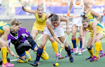 Australia Players Georgie Parker (l) and Kate Jenner (r) in Action with Netherland Player Kim Lammers (c) in Action During a Stage Match in the Women's Tournament of the Field Hockey World Cup in the Hague the Netherlands 07 June 2014 Netherlands the Hague