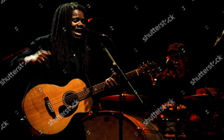 Us Singer and Musician Tracy Chapman Performs During the Second Day of the North Sea Jazz Festival in Rotterdam the Netherlands Saturday 15 July 2006 Netherlands Rotterdam