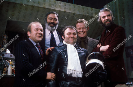 'Dawson's Weekly'  TV - Roy Barraclough, Alan Simpson, Les Dawson, unknown and Ray Galton