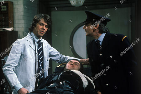 Stock Image of 'Dawson's Weekly'  TV - 1975 - Accident Prone - Richard Morant, Les Dawson and Gordon Rollings.